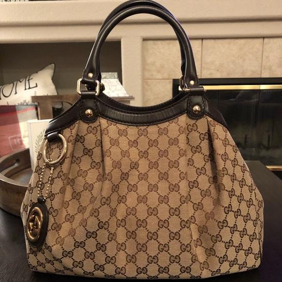 9999859ce1a Gucci Handbags - Gucci Sukey Medium Original GG Canvas Tote